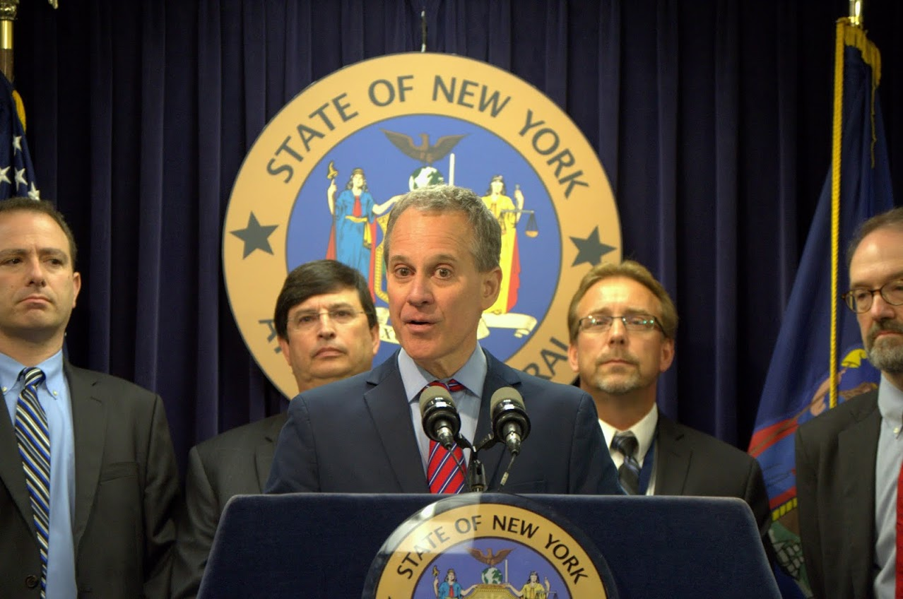 A.G. Schneiderman And U.S. Department Of Labor Announce Criminal Charges Against, And Civil Settlement With, Papa John's Franchisee For Wage Theft