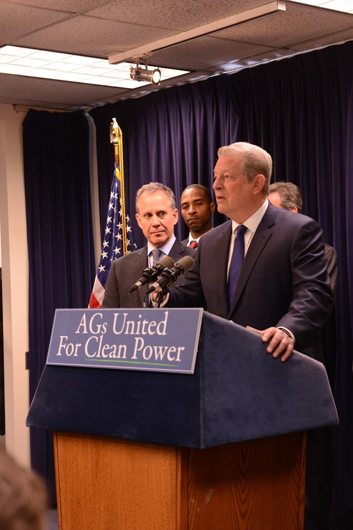 A.G. Schneiderman, Former Vice President Al Gore And A ...